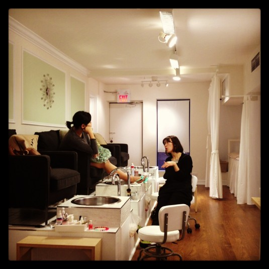 Stephanie Fusco - Get Gelled Manicure Bar - Sun and Summer