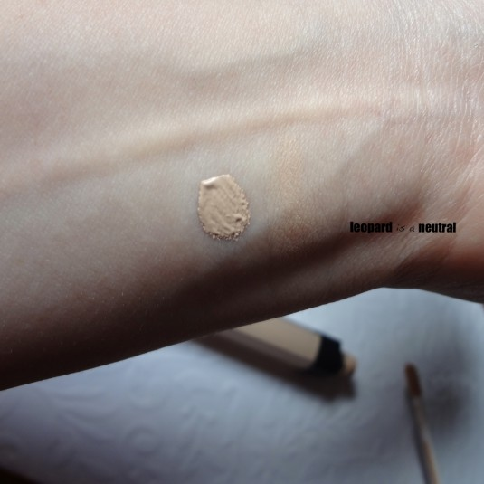 NARS Radiant Creamy Concealer - Vanilla Swatch - Leopard Is A Neutral