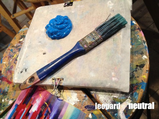 Paintlounge painting party brush - Leopard is a Neutral