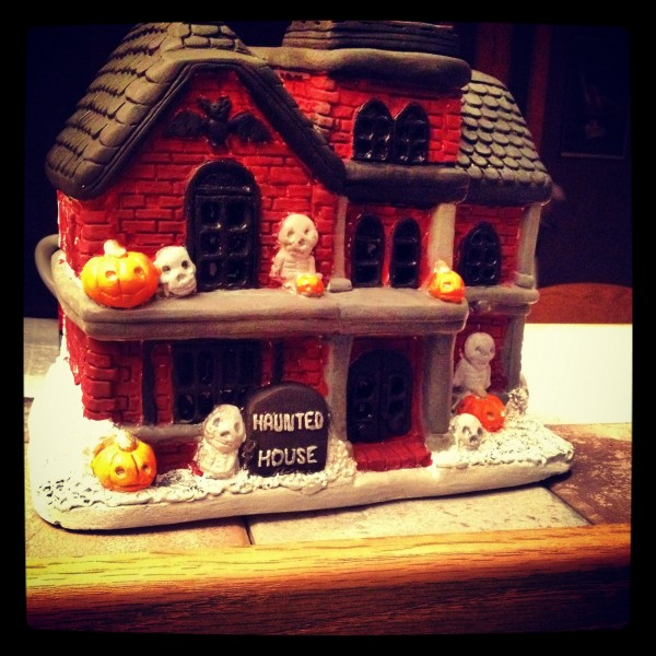 Halloween Ceramic Haunted House