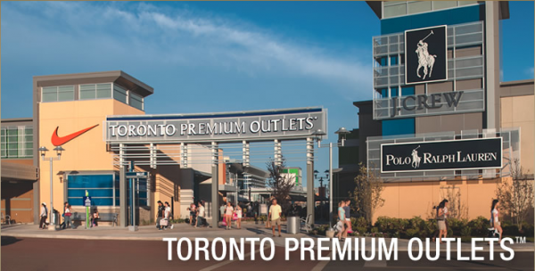 Black Friday - Toronto Premium Outlets