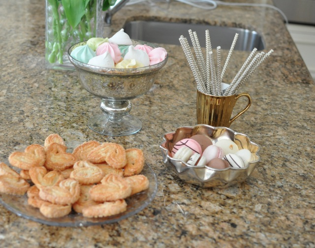 Brunch sweets - palmiers Bobbette Belle macarons meringues marshmallows