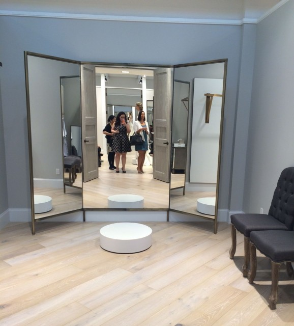 Kleinfeld Canada bridal fitting rooms