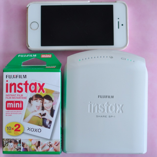 Fujifilm Instax Share Film size iPhone