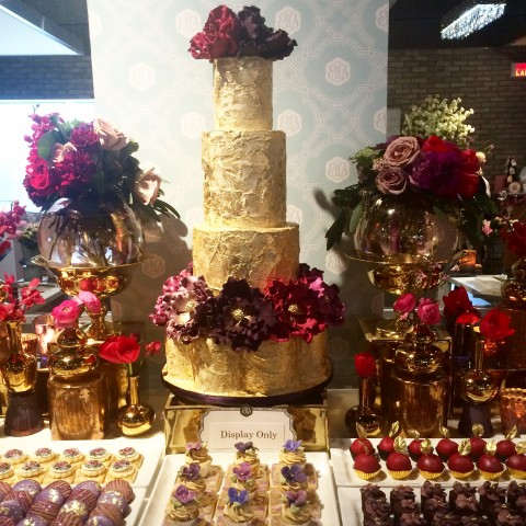 Bobbette & Belle wedding cakes WedLuxe 2015 gold foil