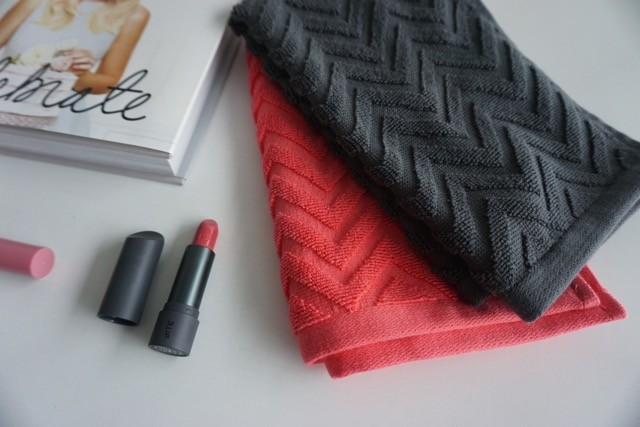 H & M Home Toronto - home decor - chevron towels