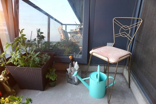 Vintage balcony makeover Stephanie Fusco chair planter DIY