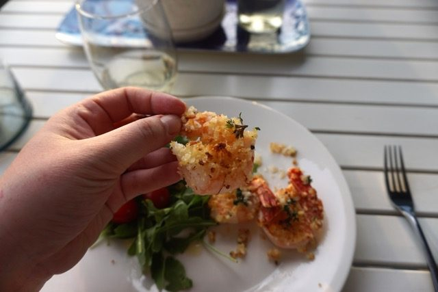 easiest summer dinner shrimp arugula panko